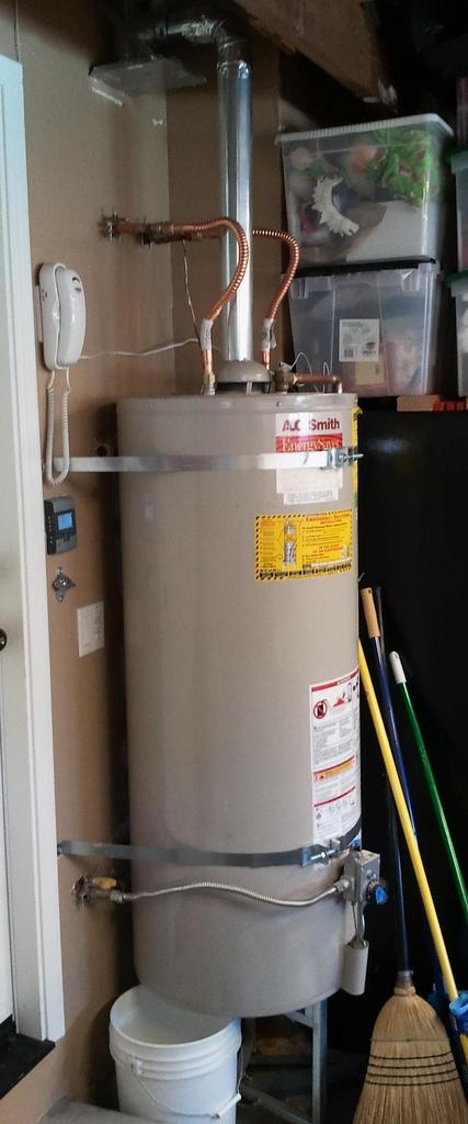 water-heater-leak